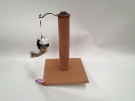 Scratching Post with Mouse